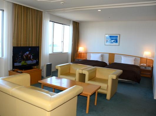 1-19.01.25 串本のホテル-2.jpg