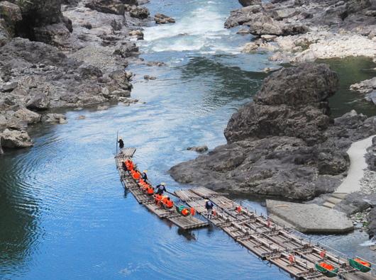1-19.06.27 北山村筏下り-2.jpg