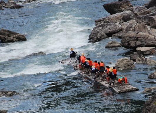 1-19.06.27 北山村筏下り-3.jpg